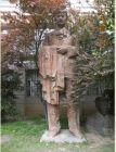 著名雕塑艺术家吴为山在南京大学校园的群塑作品(二)