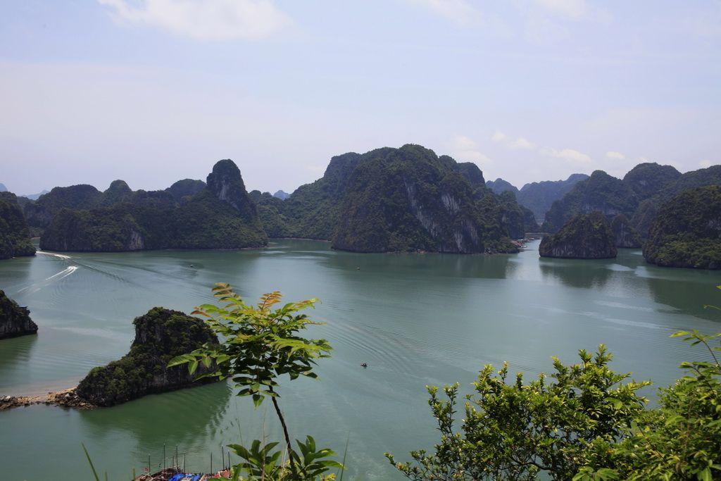 【2011年5月摄影作品-越南系列】美丽的越南05-下龙湾天堂岛