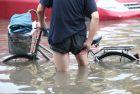 天津遭暴雨城区被淹,北京的好朋友来也!