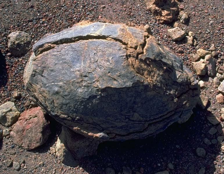 火山熔岩 - 探矿者           - The Prospector blog