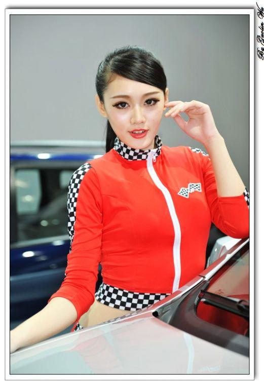 2013年广州国际车展从11月22日到30日,正在琶洲火热进行.高清图片