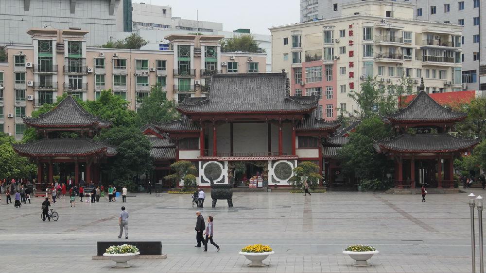 绵阳铁牛广场图片