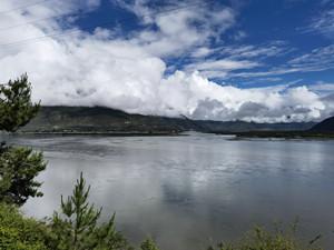 青藏高原考察:派镇转点米林县城