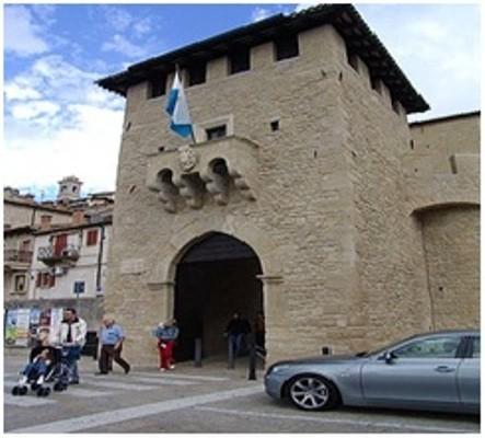 从意大利所有大城市都可以乘火车到罗马里米尼火车站