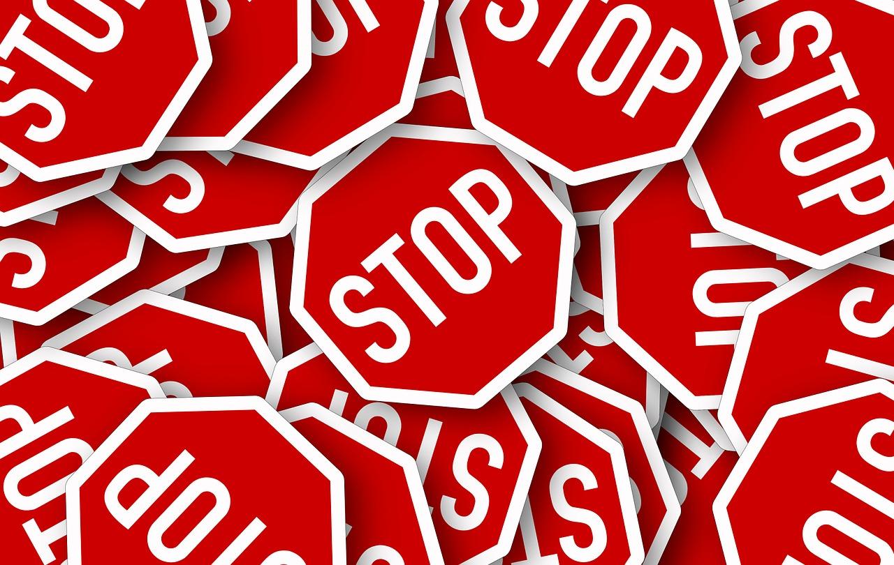 stop-95477_1280.jpg