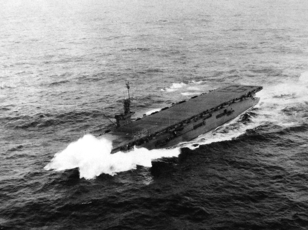 USS_Bismarck_Sea_(CVE-95)_underway_on_24_June_1944_(80-G-240135).jpg