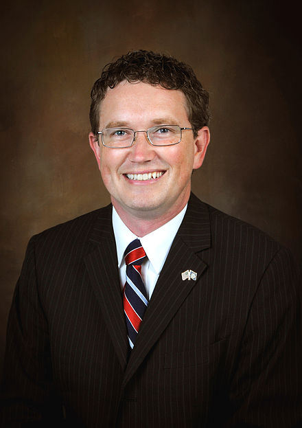440px-Thomas_Massie_official_portrait.jpg