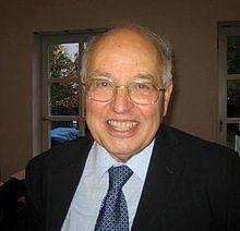Michael Atiyah in 2007.jpg