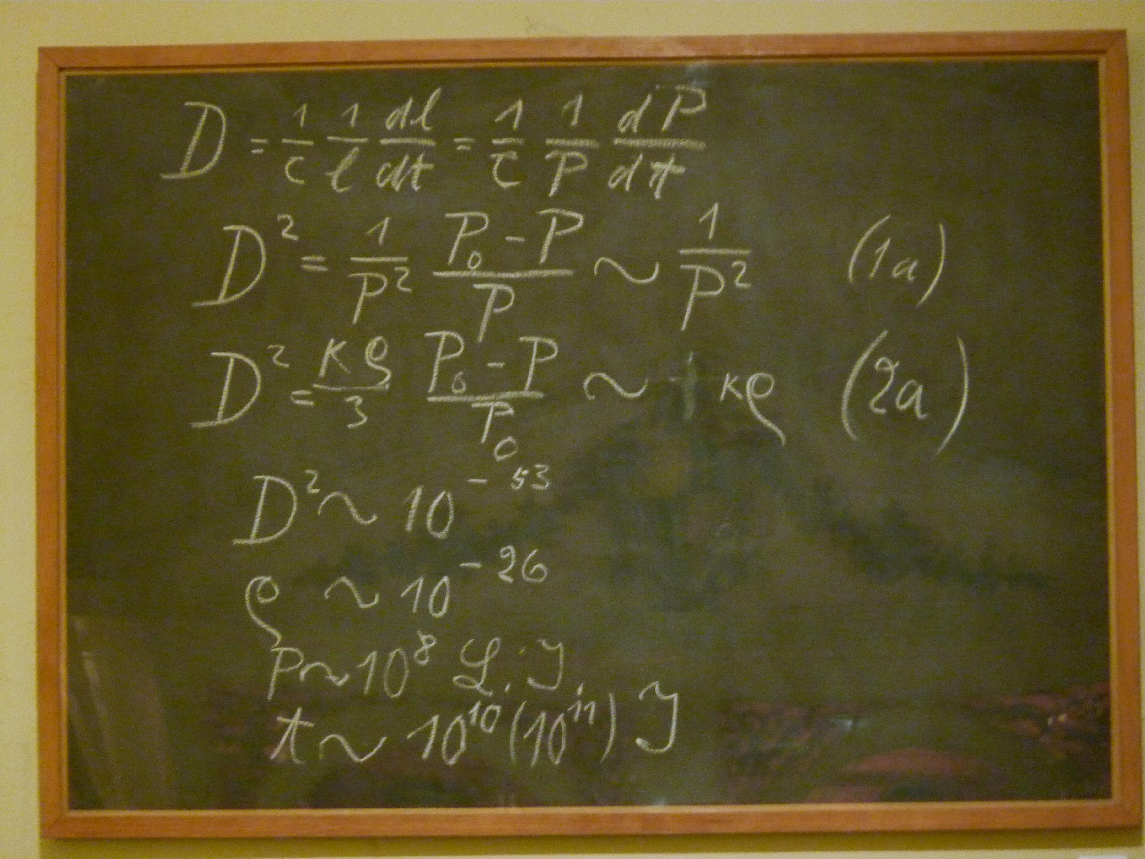 Einstein_blackboard.jpg
