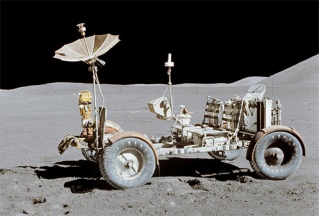 070510_moon_rover_02.jpg