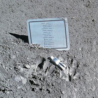 330px-Fallen_Astronaut.jpg