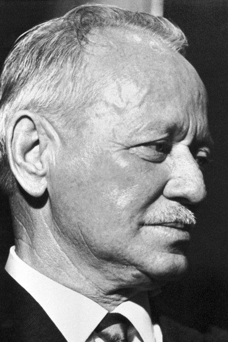 Mikhail Aleksandrovich Sholokhov 01 Nobel.jpg