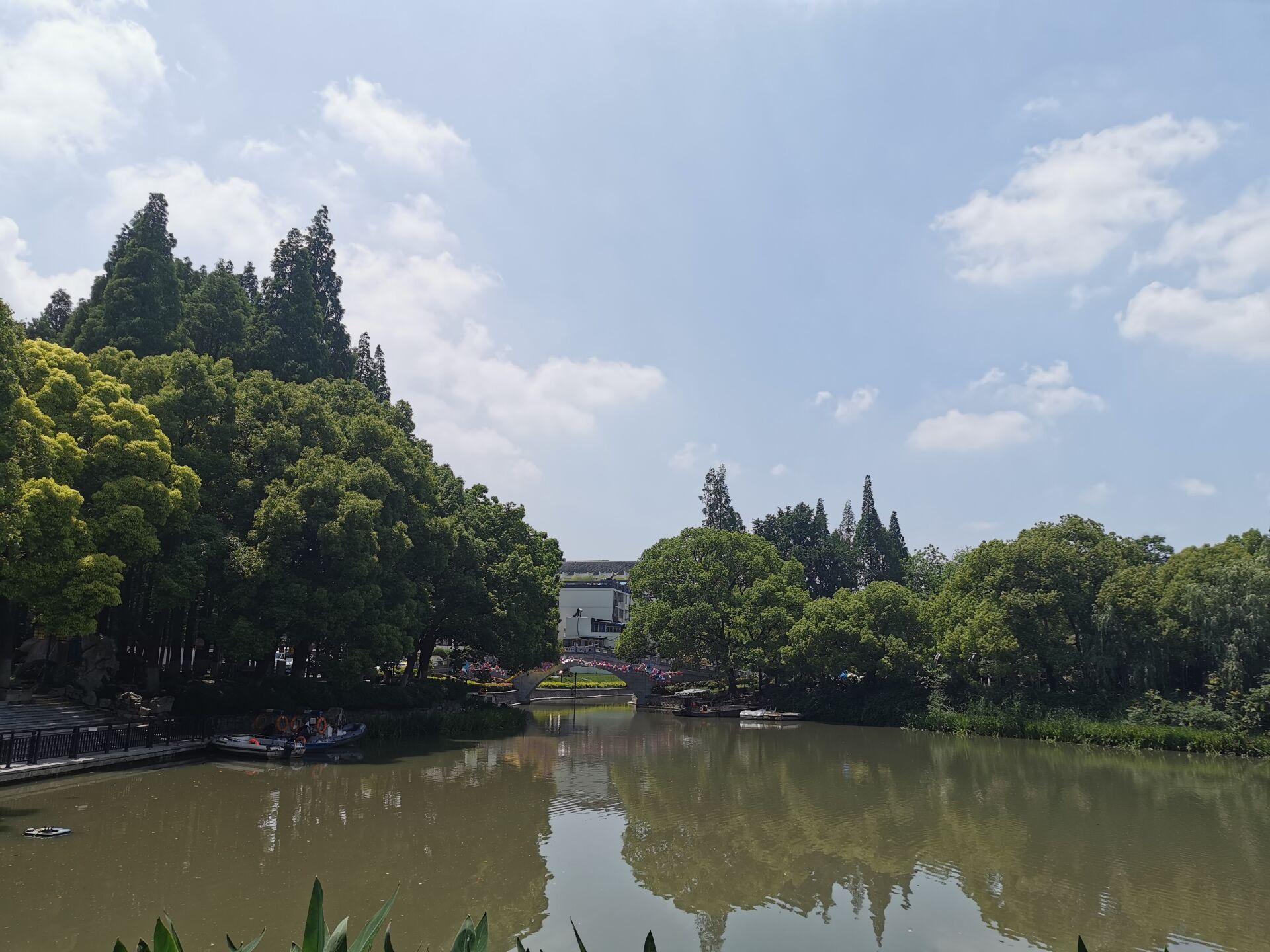 南京白鹭洲公园03.jpg