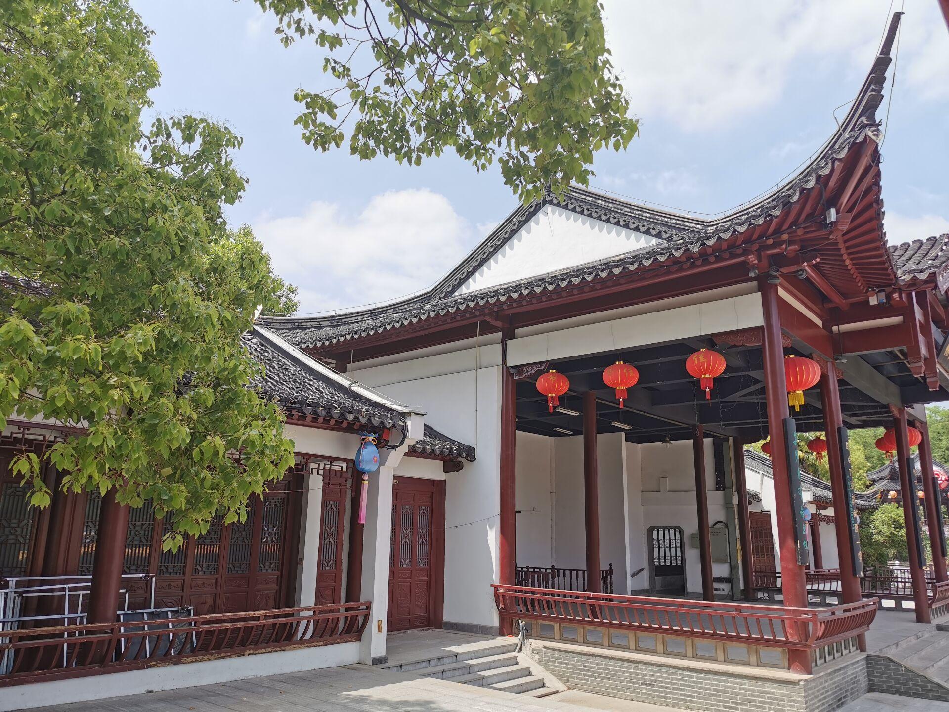南京白鹭洲公园16.jpg
