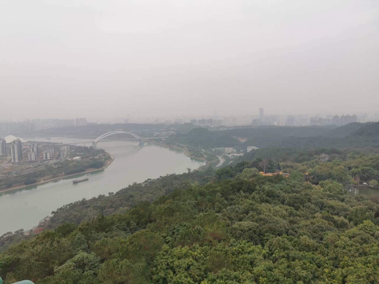 南宁青秀山龙象塔3.jpg