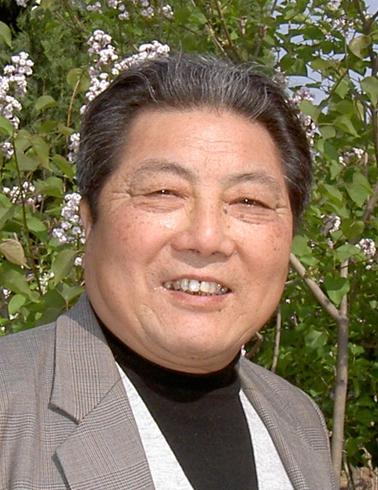 朱铭(山东工艺美院教授)1937-2011《外国美术史》 01 大_副本.jpg