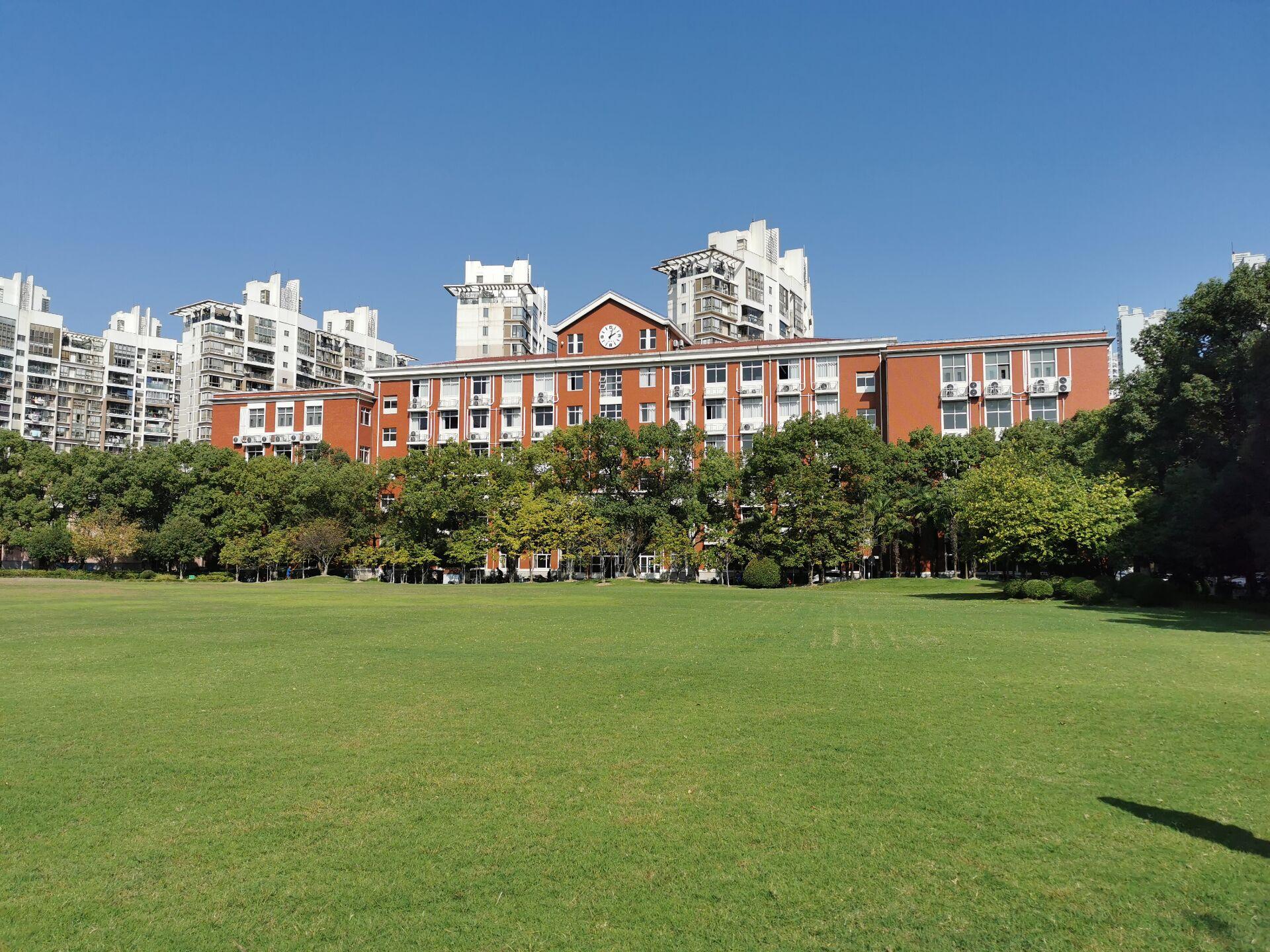 上海大学延长校区重游新拍3.jpg