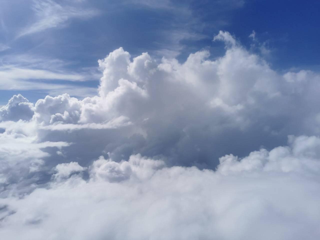 白云深处有人行02.jpg