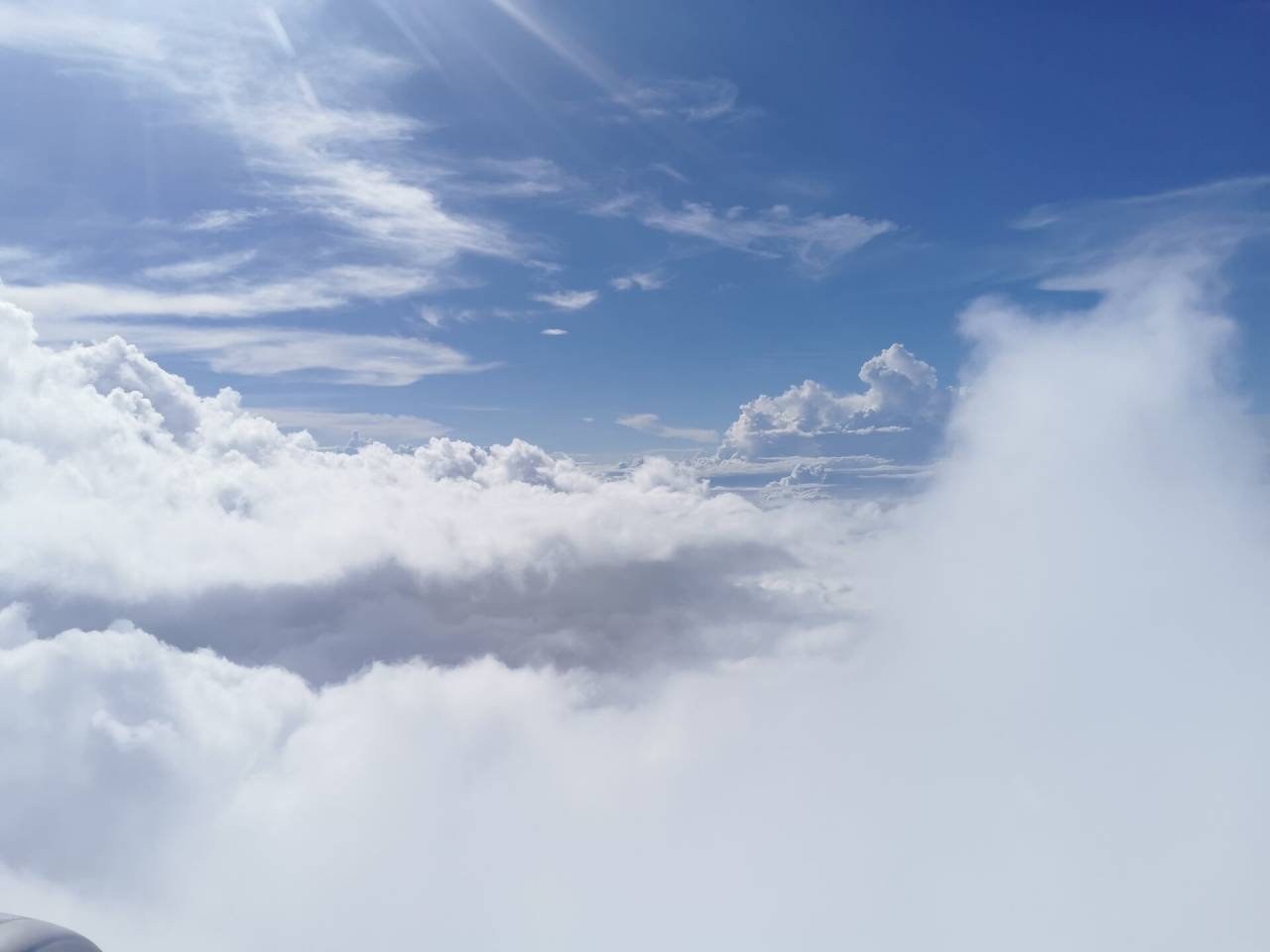 白云深处有人行04.jpg