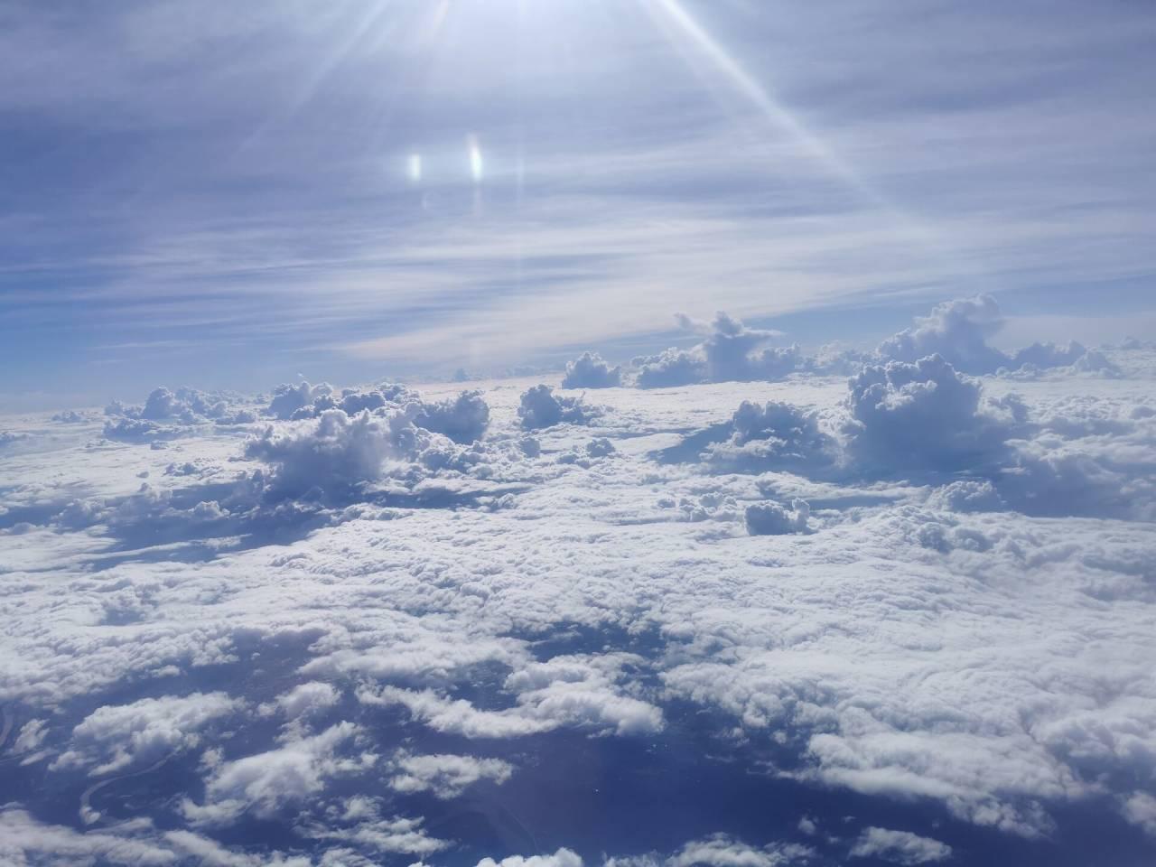白云深处有人行09.jpg