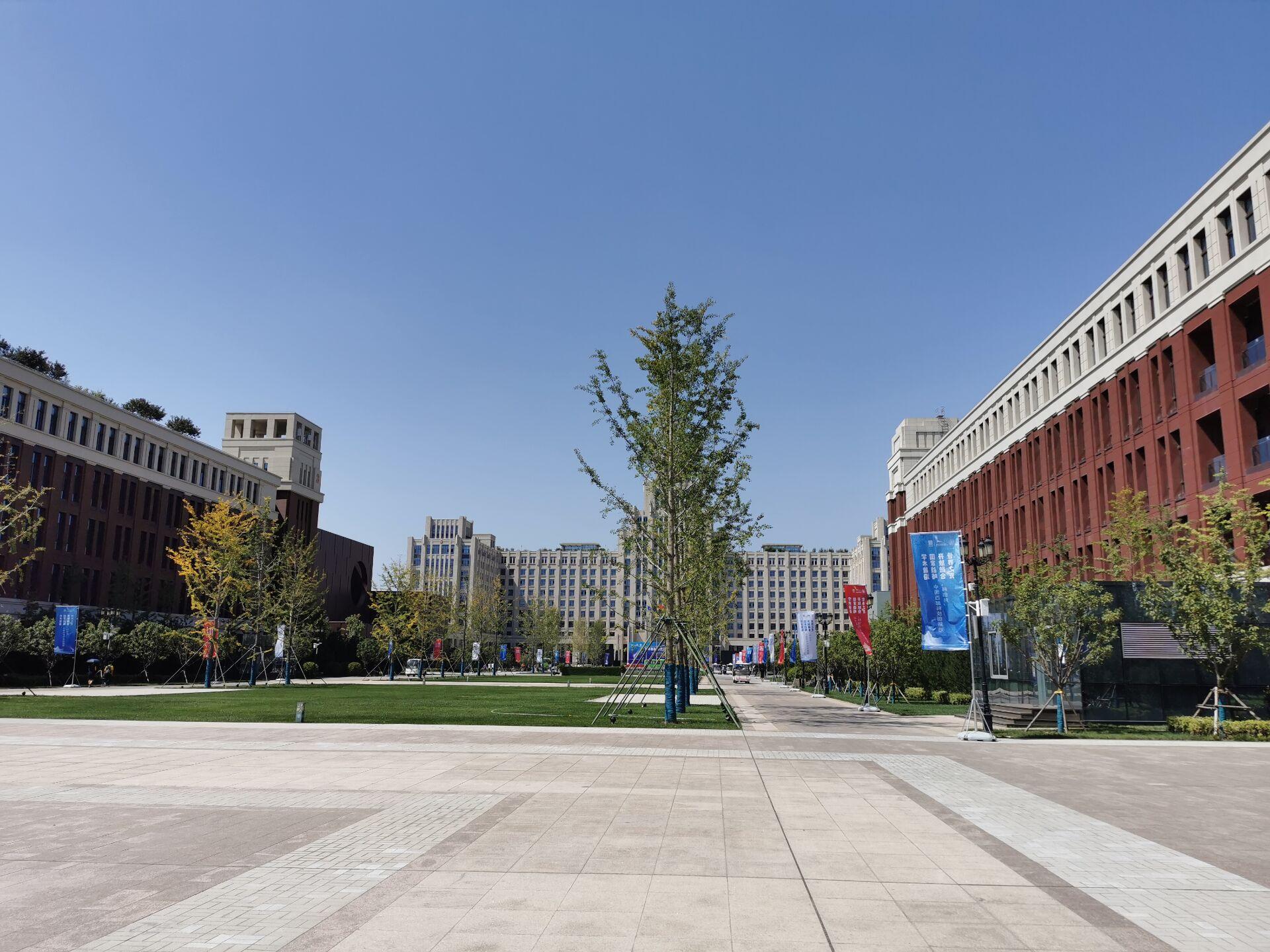 西安交通大学创新港校区一隅1.jpg