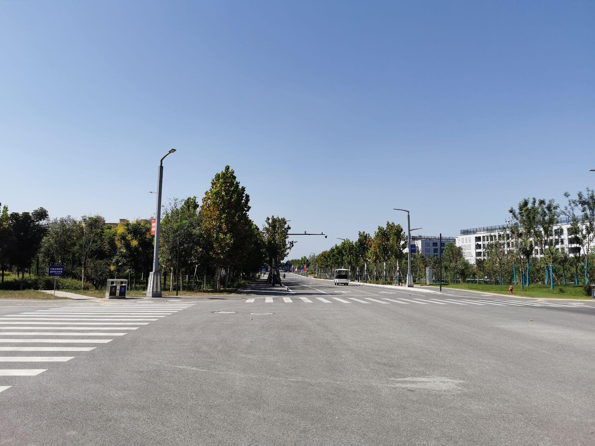 西安交通大学创新港校区一隅6.jpg