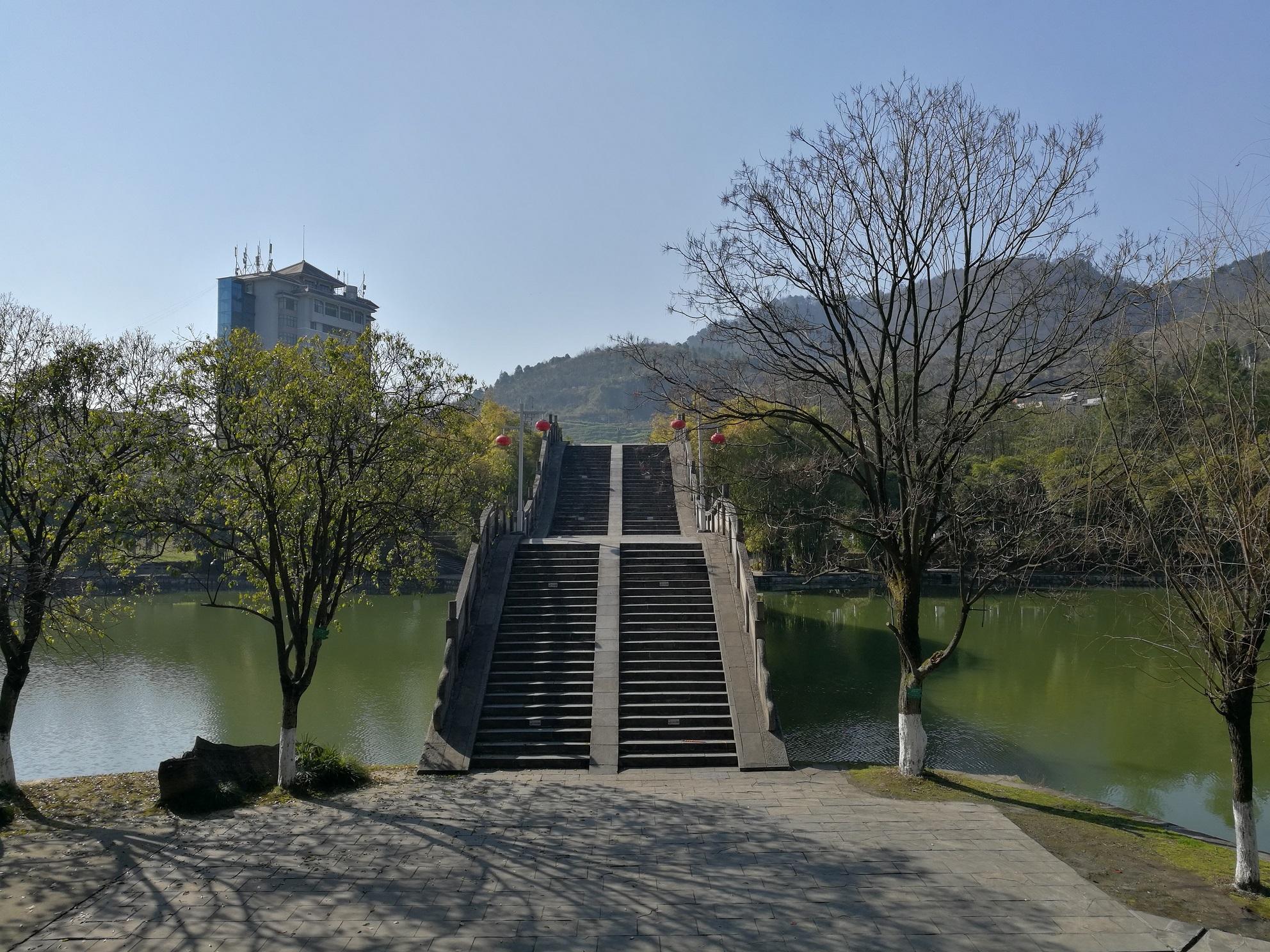 玉虹桥1_s.jpg