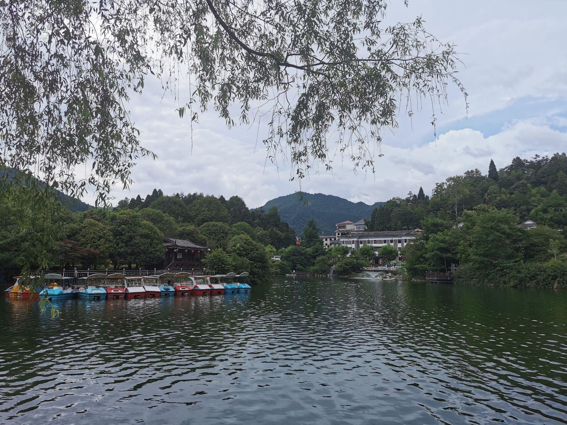 井冈山之挹翠湖一隅04.jpg
