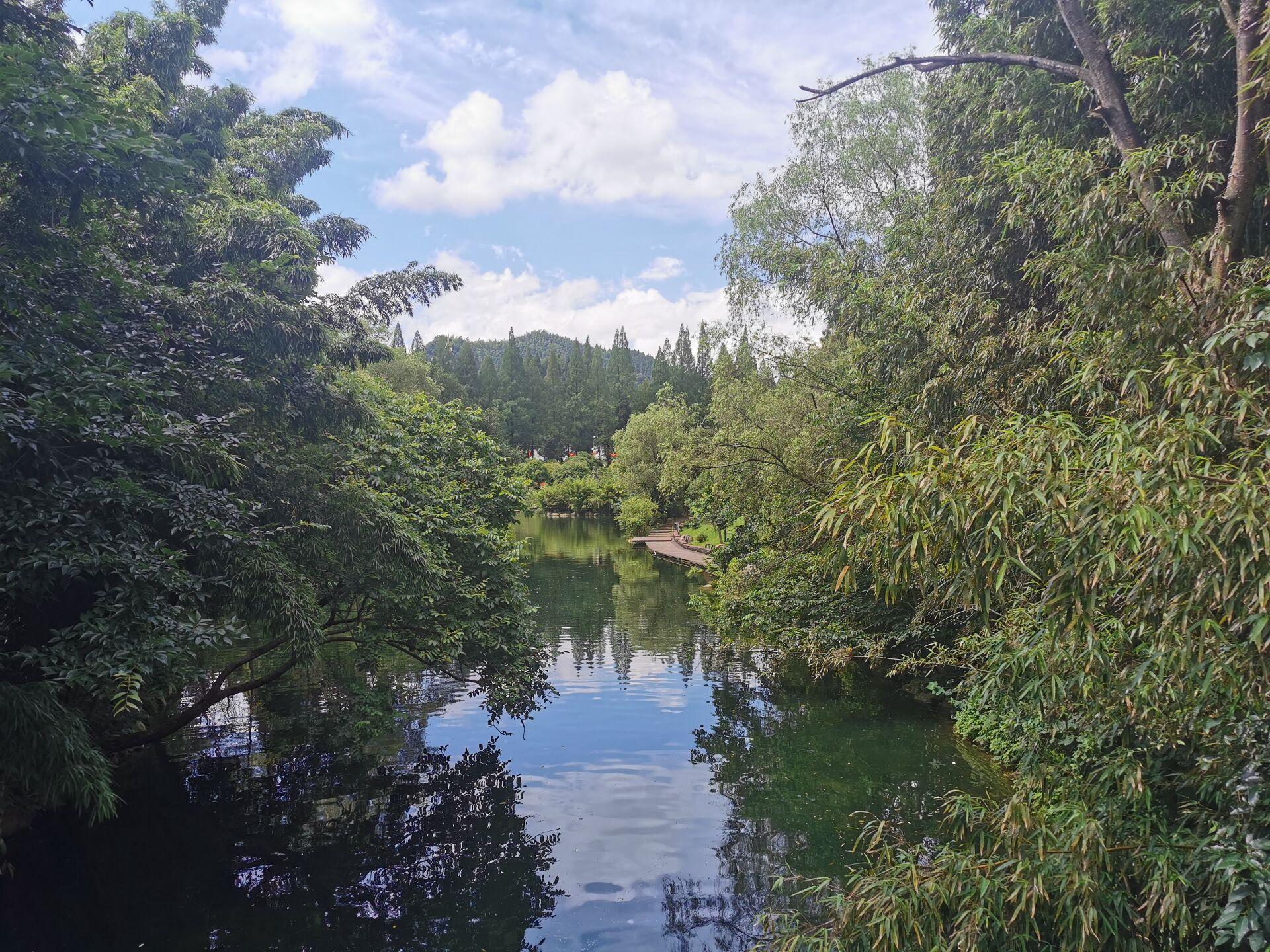 井冈山之挹翠湖一隅10.jpg