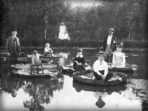 图7 左 北卡罗莱纳州塞勒姆,c. 1892年.jpg
