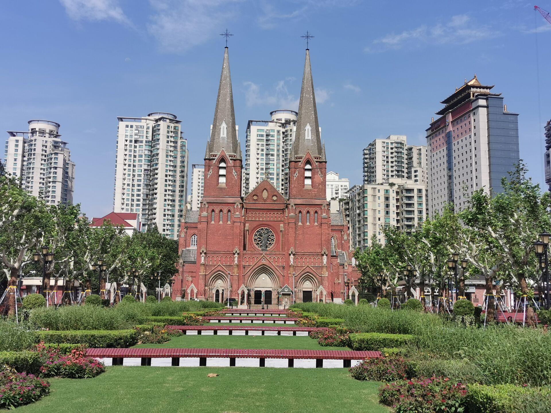 徐家汇教堂广场:台风中和台风后8.jpg
