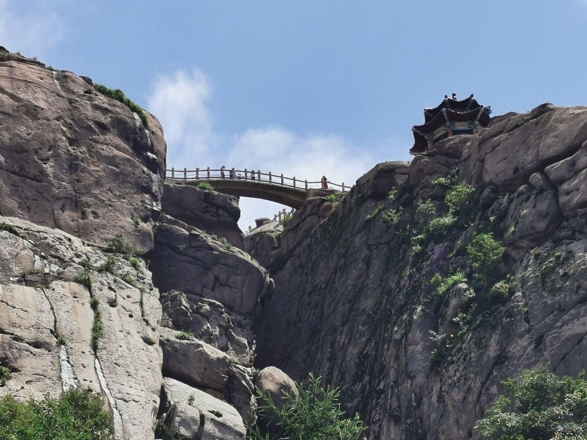 青岛崂山先天桥和摘星亭04.jpg