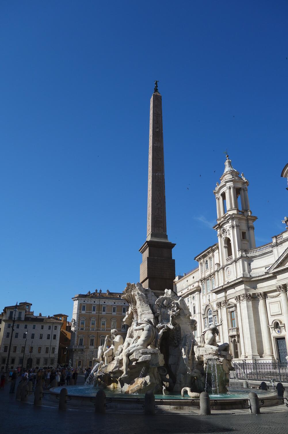 名作过眼:贝尔尼尼的喷泉雕塑00.jpg