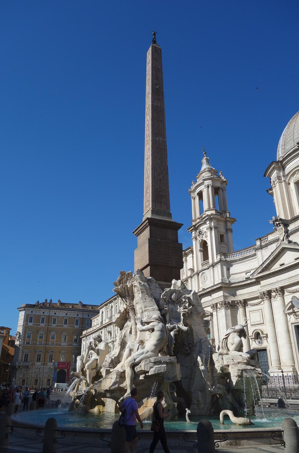 名作过眼:贝尔尼尼的喷泉雕塑01.jpg