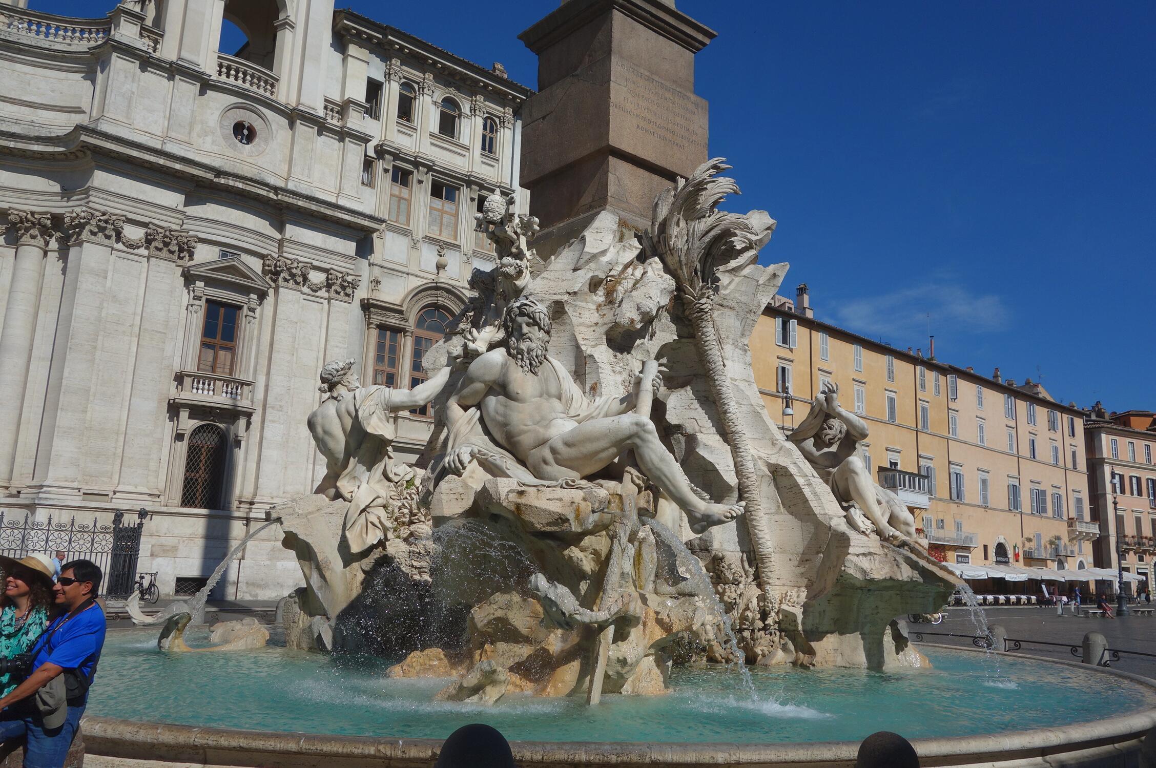 名作过眼:贝尔尼尼的喷泉雕塑05.jpg