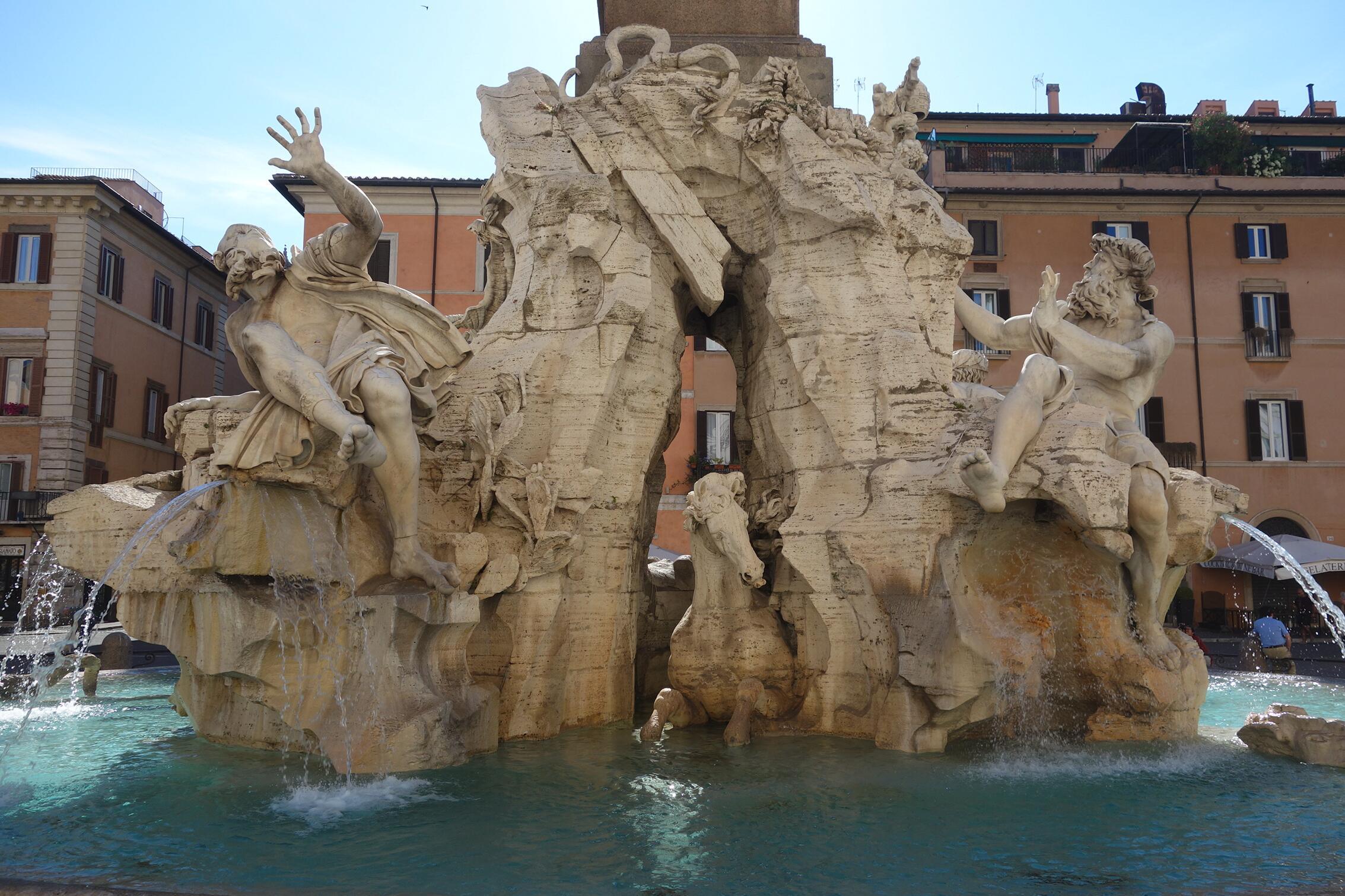 名作过眼:贝尔尼尼的喷泉雕塑09.jpg