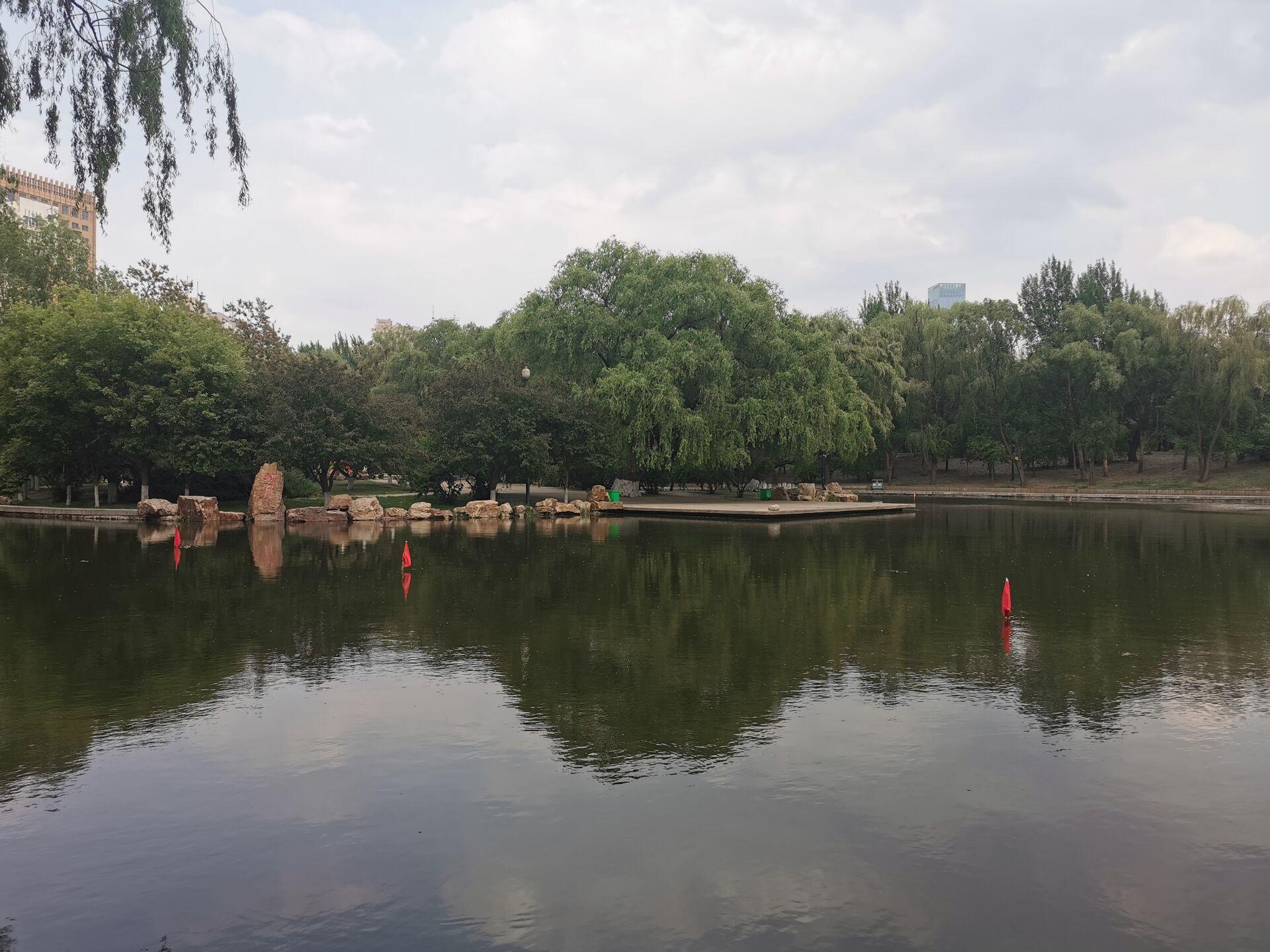 沈阳南湖公园水色04.jpg