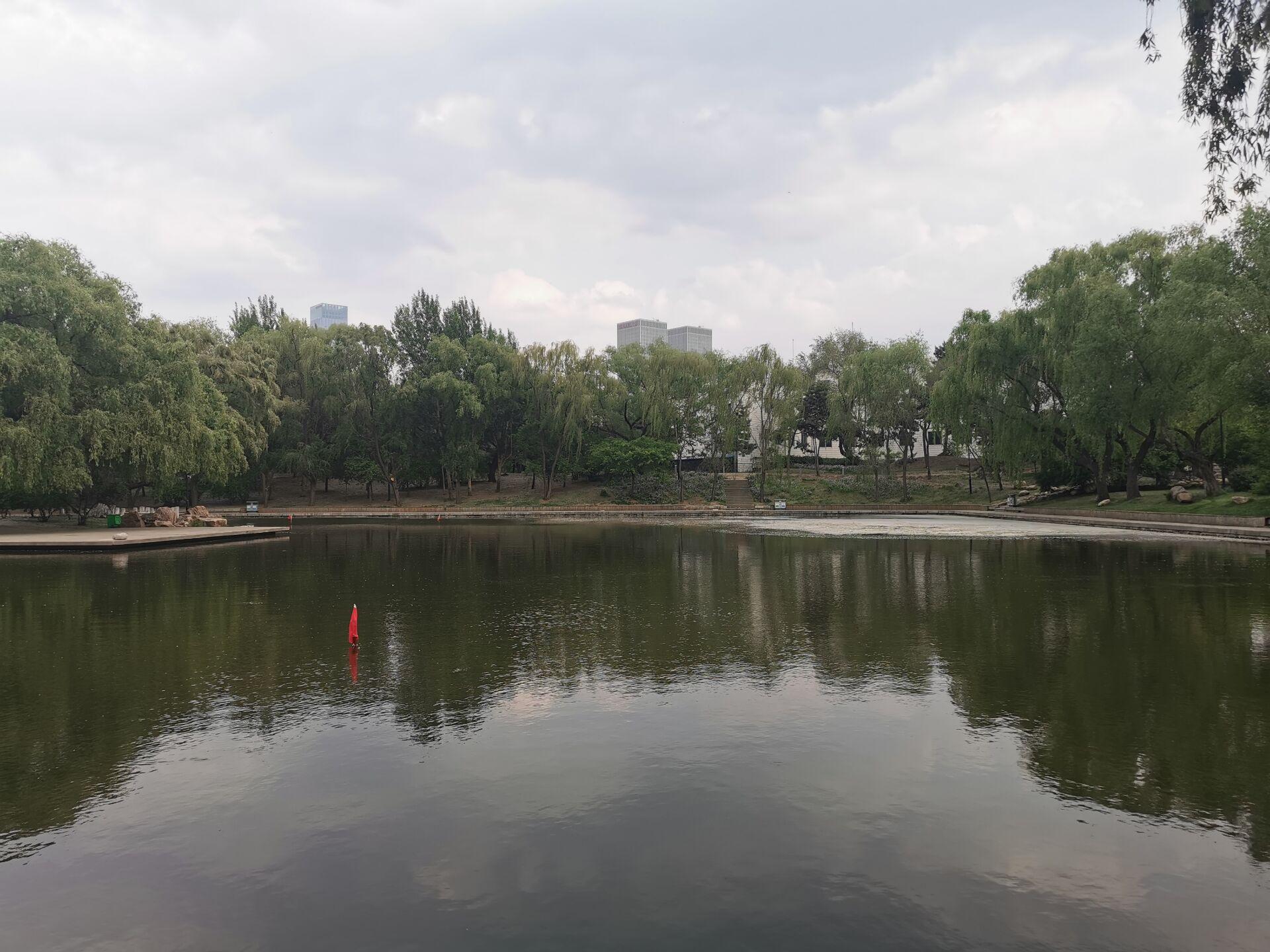 沈阳南湖公园水色06.jpg