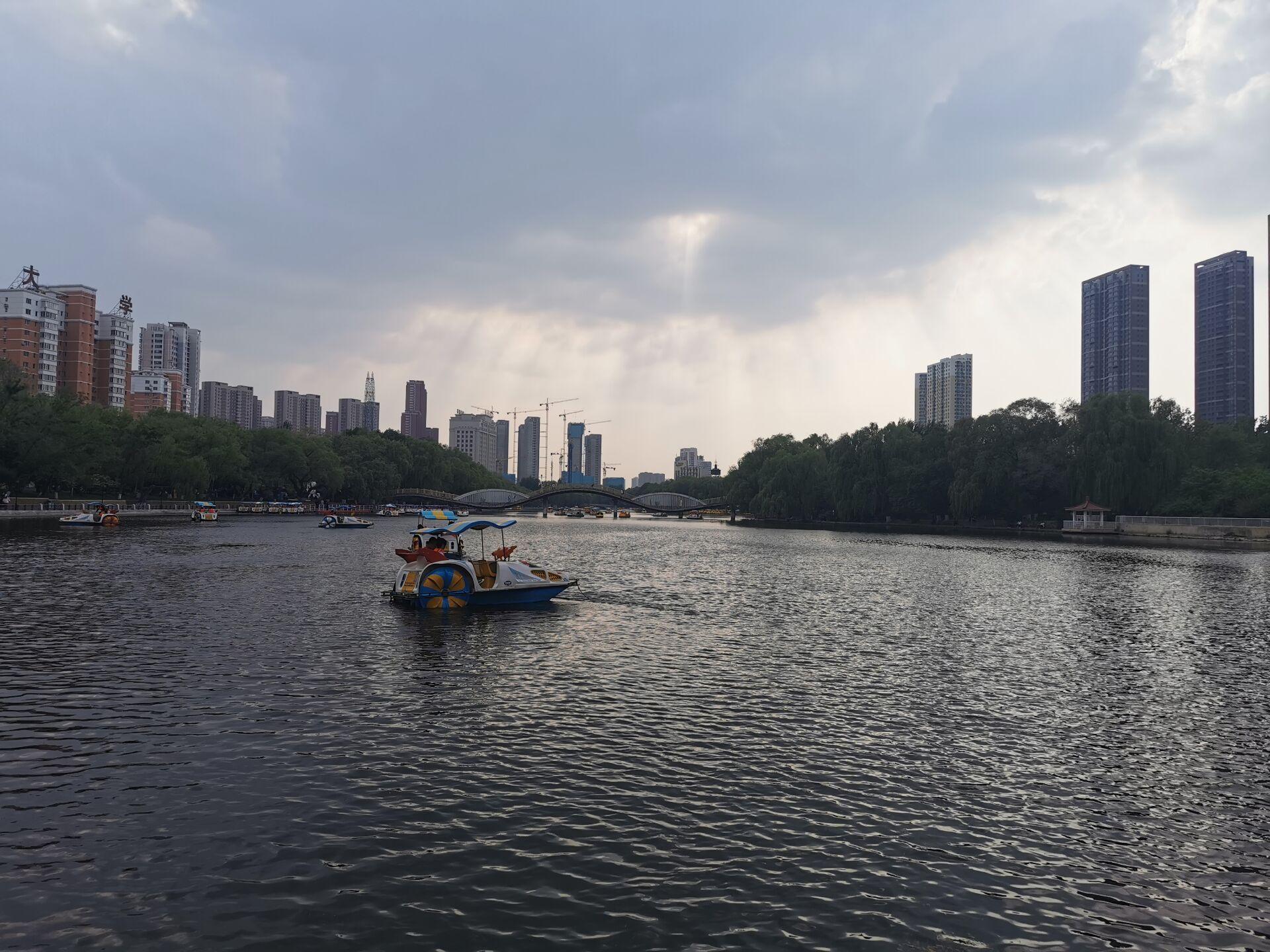 沈阳南湖公园水色09.jpg