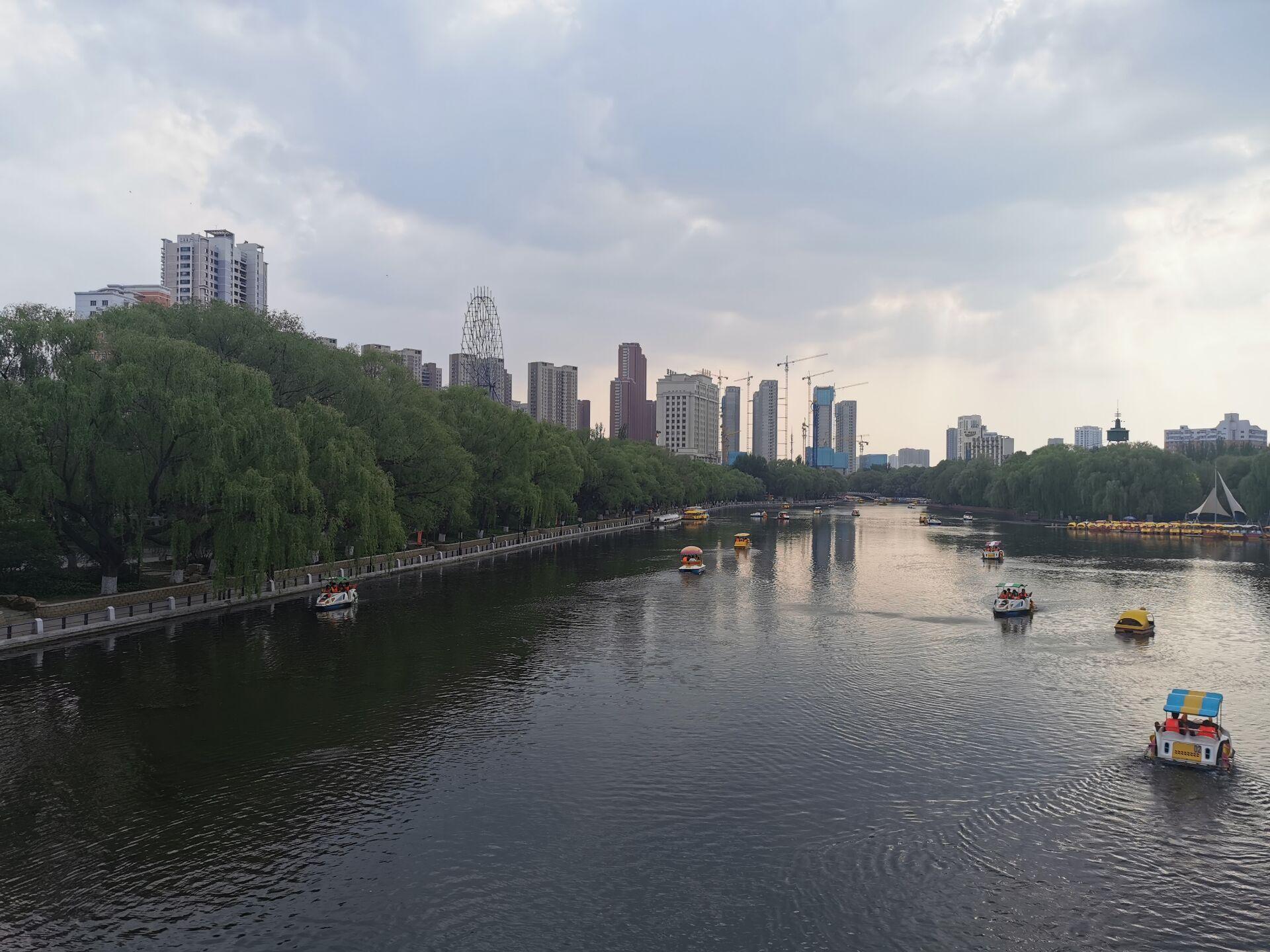沈阳南湖公园水色11.jpg