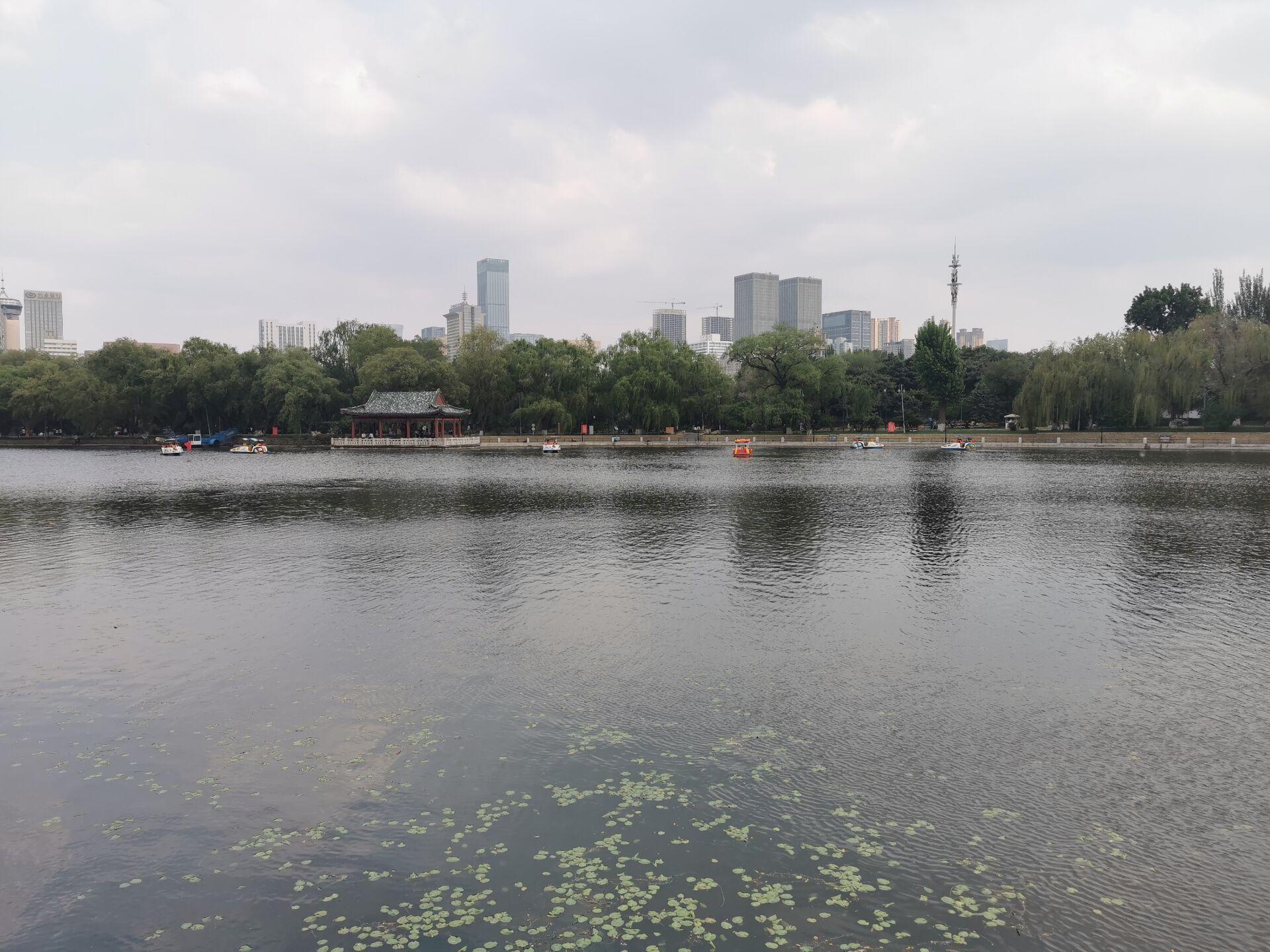沈阳南湖公园水色14.jpg