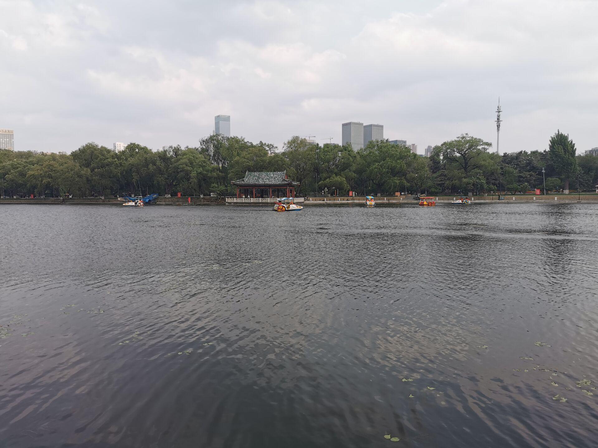 沈阳南湖公园水色16.jpg