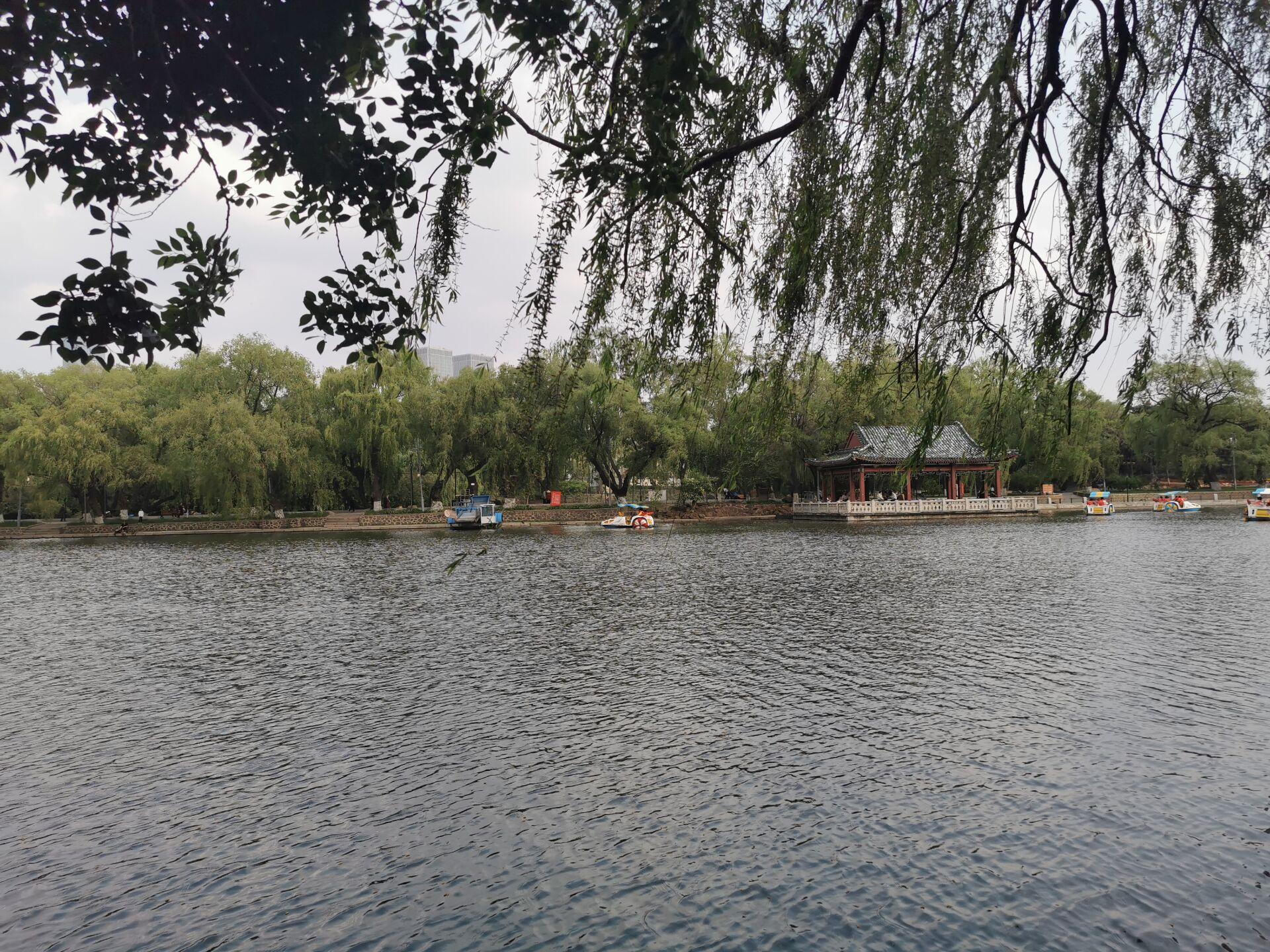 沈阳南湖公园水色17.jpg