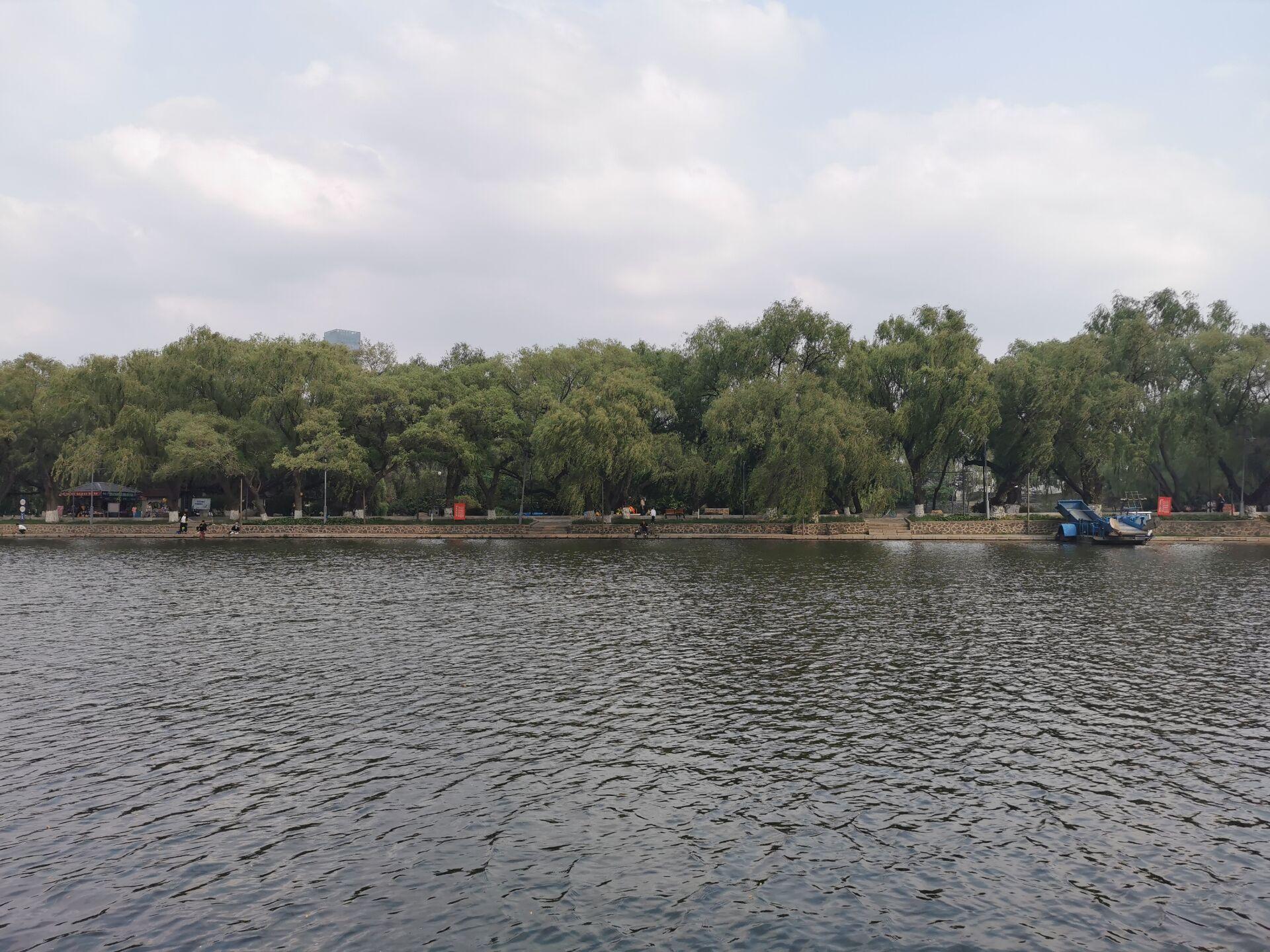 沈阳南湖公园水色18.jpg
