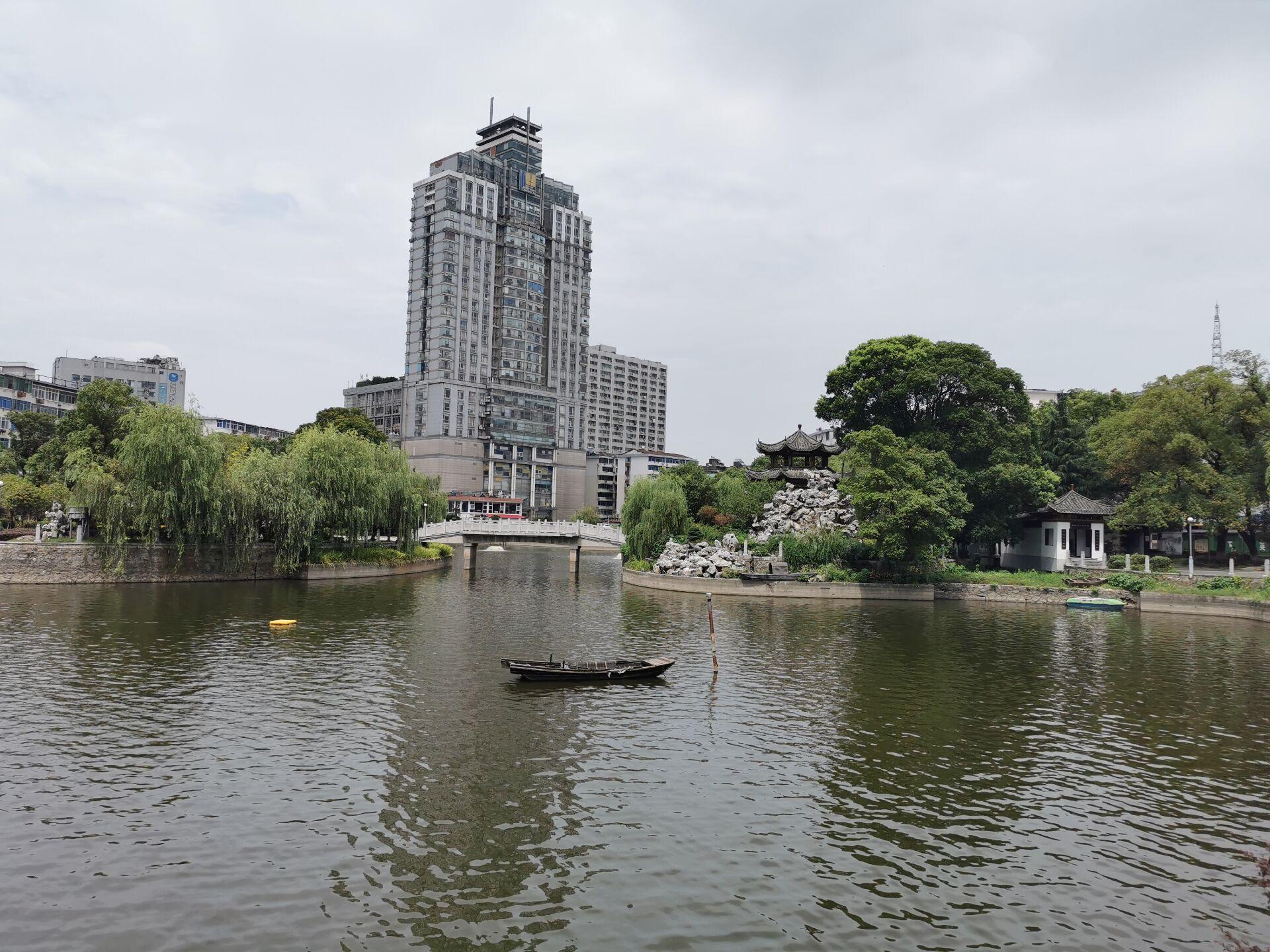 南昌之孺子亭公园16.jpg