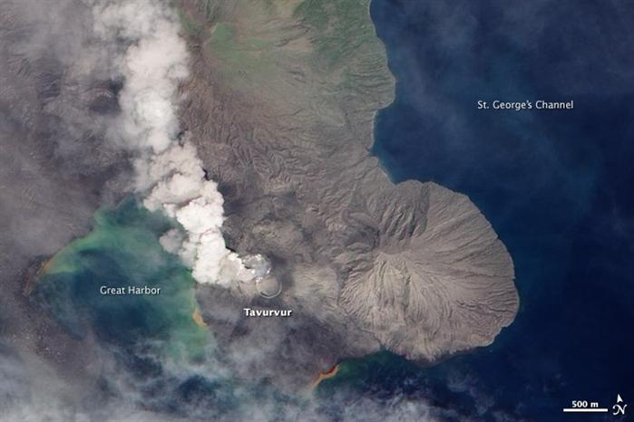新不列颠岛的拉包尔火山